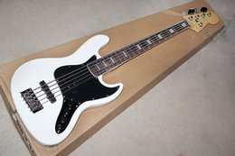 $enCountryForm.capitalKeyWord NZ - Factory Custom White 5-String Electric Bass Guitar with Rosewood Fingerboard,Black Pickguard,Chrome Hardware,Offer Customized