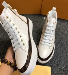 $enCountryForm.capitalKeyWord Australia - 2019 new arrival!European station men's shoes autumn and winter new leather stitching classic tie with flat-bottom printed high-top shoes