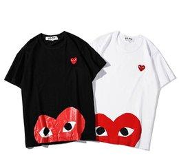 Großhandel 19SS Marke T-Shirt der Männer Trend Mode Tshirts klassische Stickerei polular Hemden PLAY Männer Frauen Hip-Hop-Straße Paar-T-Shirts aus Baumwolle T-Shirt