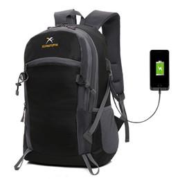 30 adet 20-35L Tırmanma Sırt Çantası 2019 erkekler naylon su geçirmez sırt çantaları açık seyahat çantaları USB şarj ile 5 renkler
