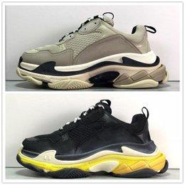 Más la mejor versión Zapatos de lujo Diseñador Papá Zapatillas de deporte Tripe-S Top Calzado deportivo Casual Negro Amarillo Gris Zapatillas de deporte de moda para hombre Tamaño 40-45 en venta
