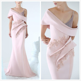 Hand Made Art NZ - Azzi&Osta Mermaid Pink 2019 Dubai Evening Dresses Cap Sleeves Beaded Hand Made Flowers Prom Dresses Sexy Formal Party Bridesmaid Gowns