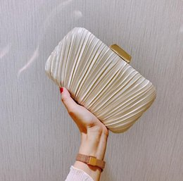 fashion trend evening 2020 - New season Women Pleated party Bags Stripes Dress party Evening bags Simplicity fashion Chains Cross bag lady Handbags N