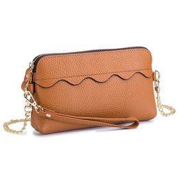 Genuine Leather Crossbody Handbags Wholesale UK - 2019Designer Handbags Leather Chain Bag Women Fashion Luxury Shoulder Bag Crossbody Bag New Tide Brand Hot Sale