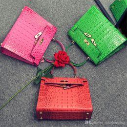 $enCountryForm.capitalKeyWord NZ - Nice New Euramerican Fashion Design Pop Tied Alligator Pattern Designer Handbag Cow Genuine Leather Handbag Women Bag Luxury Handbag