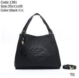 $enCountryForm.capitalKeyWord UK - 2019 fashion men and women shoulder bag letter logo linen ladies classic handbag Messenger bag strong and durable, very nice. Size: 35.2