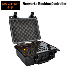 Venta al por mayor de DHL Freeshipping Controlador de la máquina de fuegos artificiales fríos Batería de carga / Receptor inalámbrico 2.4G / Lámpara led USB / EE. UU. UE UA Enchufe de alimentación