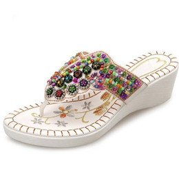 $enCountryForm.capitalKeyWord NZ - 2019 New Summer Bohemian Embroidered Beaded Flip Flops Fashion Sandals Women Shoes Beach Sandals Wedges Slippers Women Sandals