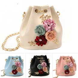 Small Flower Decals Australia - Meloke 2019 Handmade Flowers Bucket Bags Mini Shoulder Bags With Chain Drawstring Small Cross Body Bags Pearl Bag Leaves Decals