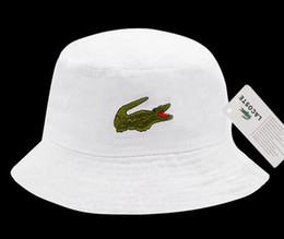Ingrosso New Military Camouflage Benna Hat Camo Fisherman Cap Brim Sun Capsule da pesca Camping Caccia Hat Chapeau Summer Beach Secchio bob Cappelli per uomo