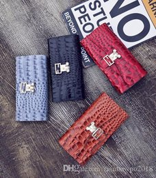 $enCountryForm.capitalKeyWord NZ - outlet handbag fashion crocodile lines long Europe United States patent leather wallet pearl decoration trend joker leather wallet hand