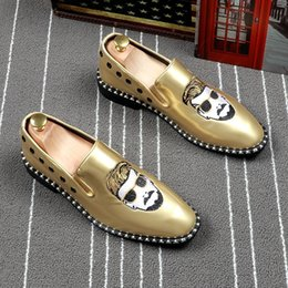 $enCountryForm.capitalKeyWord NZ - Memorable2019 England Sharp Light Patent Male Summer Set Foot Dawdler Shoe Hairstyle Division Embroidery Small Leather Shoes