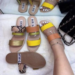 european american fashion shoes Canada - 20PSC slipper spot summer women's sandals European and American big-name explosion models new flat shoes fashion slippers DHLfree delivery