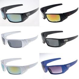 Las gafas de sol de las mujeres de las mujeres de los hombres al por mayor  libres del envío Diseñador de marca de lujo barato que conduce los vidrios  que ... 6bfd515108fc
