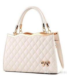 $enCountryForm.capitalKeyWord Australia - Large Capacity Bag Handbags Top Handles 2019 brand fashion designer luxury bags Sac à main shoulder Lady Epi Leather handbag England Rubis