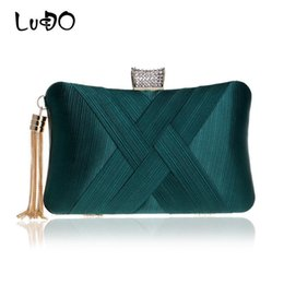 Luxury Chains Australia - LUCDO Tassel Women Evening Party Clutch Bags Nice Luxury Chain Small Shoulder Handbags Women Bags Designer Pouch Day Clutch Sac