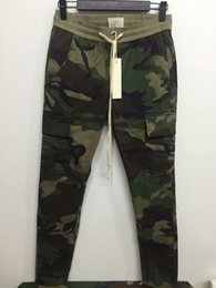 Urban camo clothing online shopping - New S XL urban brand clothing chinos kanye west camo camouflage trousers joggers men FOG FEAR OF GOD cargo side zipper pants