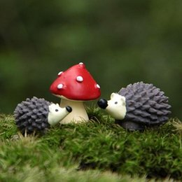 mushroom garden decor 2019 - 3Pcs Set Garden Moss Resin Crafts Artificial Mini Hedgehog Red Dot Mushroom Miniature Ornament Hedgehog Decor Fairy Gard