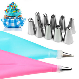 icing pipes Australia - 12PC Set DIY Kitchen Baking Cake Decorating Tool Silicone Icing Piping Cream Pastry Bag Stainless Steel Nozzle Converter
