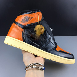 Discount basketball trainers - Shattered Backboard 1 Basketball Shoes Mens high quality luxury Sneakers women designer shoes unisex Chicago High OG Tra