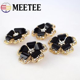 Clothes Buttons Australia - MEETEE 38mm Top-grade black gold Rhinestone Flower rhinestone Shape Metal Buttons for Mink Coat Women's Clothes Accessories ZK1013