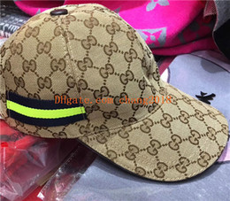 Green Plastic Straws Australia - 2019 top qualty luxury designer hats caps fashion Snapback Baseball football Sport womens mens designer Hats caps for men women 033
