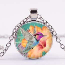 $enCountryForm.capitalKeyWord Canada - Cross-border new products selling Creative Hummingbird Time Gemstone Necklace Coarse Round Glass Alloy Pendant Sweater Chain Wholesale