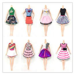Dresses Apparel Australia - Doll's Fashionable Clothing Set Casual One-piece Dress doll Style Random Good Workmanship Made From Cloth with Fashion Design Apparel