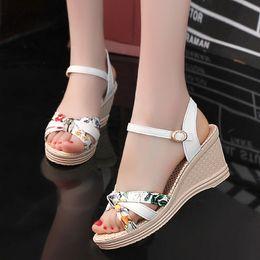 Vente en gros Femmes Sandales 2019 Chaussures D'été De Mode Femmes Chaussures Bohème Confort Plateforme Sandales Compensées Casual Dames Femme Sandalie