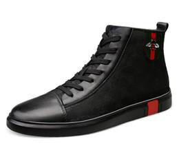 Luxe Hommes Chaussures Noir Mocassins En Cuir Marque Hommes Casual Chaussures Confortable Printemps / Automne Mode Respirant Hommes Chaussures d2a23 en Solde