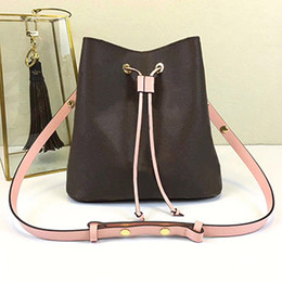 luxury designer bag leather Australia - Wholesale Orignal Real Leather Fashion Famous Shoulder Bag Tote Designer Handbag Presbyopic Shopping Bag Purse Luxury Messenger Bag Neonoe