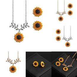 golden wedding tiaras Australia - Sunflower Gift Concise The Sun Flower Wedding engagement jewelry set for women luxury Hot Sell engagement band wedding Jewelry tiara sets
