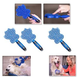$enCountryForm.capitalKeyWord Australia - High quailityPet Cat Dog Hair Remover Brush Efficient Pet Grooming Comb Dog Cat Bath Cleaning Comb Removing Loose Hairs with Handle with box