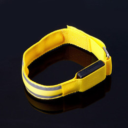 Sports Arm Strap Australia - New Portable Foldable Reflective LED Light Sports Arm Armband Strap Safety Belt For Night Running Cycling