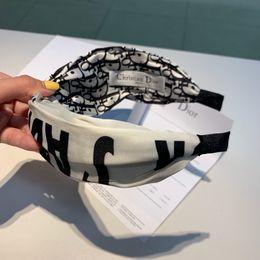 $enCountryForm.capitalKeyWord Australia - 2019 summer fashion trend heavy industry custom hair hoop, versatile single products, silks and satins fabric, cross style, embellishment