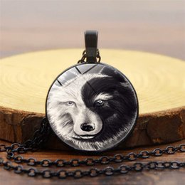 $enCountryForm.capitalKeyWord NZ - New foreign trade accessories Yin Yang wolf totem time gemstone necklace Glass dome pendant necklace 3 colors optional