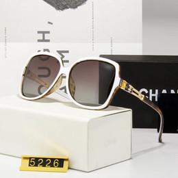 Cheap Designer Sun Glasses Australia - Luxury Popular Cheap Sunglasses for Men and Women Outdoor Sport Sun Glass Eyewear Brand Designer Sunglasses Sun shades