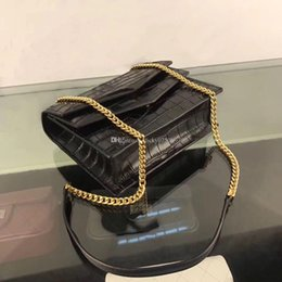 Leather Sling Bags Single Chain Australia - Wholesale classic leather cowhide crocodile chain bag magnetic buckle letter shoulder slung small square bag casual wind wild bag