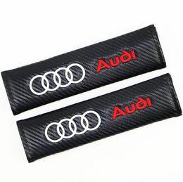 Venta al por mayor de Protector de la cubierta del cojín del hombro de la seguridad del cinturón de seguridad del asiento de coche bordado 3D para el negro de la fibra de carbono de AUDI