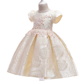 China European and American girls dress beaded short-sleeved princess dress rose pattern wedding dress small host piano costume suppliers
