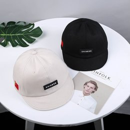 $enCountryForm.capitalKeyWord Australia - Creative Short-Staple Hip Hop Hat Style Labeling Influx Of Men And Women Personality Baseball Caps Small Cap Eaves Gorras Hombr