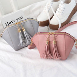 bag shells Australia - Pretty2019 Woman Bag Tide Single Shoulder Messenger Tassels Shell Package Change Small