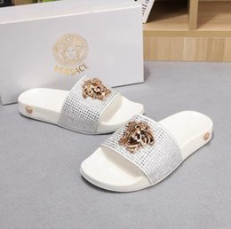 Wholesale Beach shoes couple slippers summer leather color hot diamond letters flat sandals new brand soft bottom beach wear big logo men and women mo