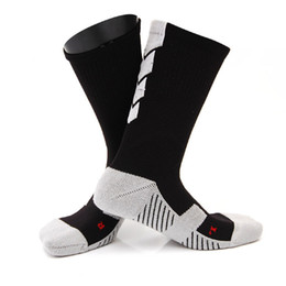 Men Bottoming Australia - Thicker Male Compression Socks Men Towel Bottom Basketball Training Socks Breathable Anti Slip Soccer Riding Fitness Sock