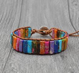 7e7cd158e70b Pulsera de abalorios de cuero de Chakra Pulsera hecha a mano con cuentas de  jaspe imperial Pulsera de cuero trenzado de piedra natural colorida