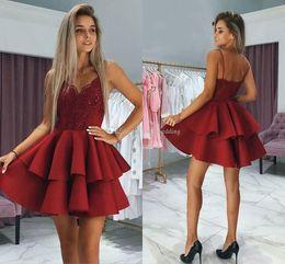$enCountryForm.capitalKeyWord Australia - Burgundy Red Lace Short Homecoming Dresses V Neck Spaghetti Straps Satin Backless Party Dresses Short Prom Dresses