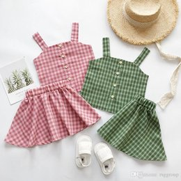 $enCountryForm.capitalKeyWord NZ - Summer INS Little Girls Clothing Sets Sleeveless Overalls Vest Front Buttons Square Neck Tops Tees with Plaid Skirts 2pieces Clothing Suits
