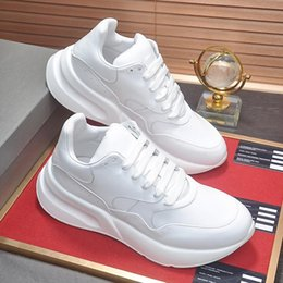 $enCountryForm.capitalKeyWord Australia - Low Top Oversized Runner Men's Shoes Top Quality with Origin Box Comfortable Running Footwears Luxury Lace-up Cool Street Fashion Shoes