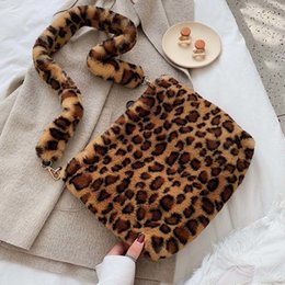 ladies fur handbags Australia - Faux Fur Crossbody Bags For Women Winter Leopard Shoulder Messenger Bag Lady Warm Handbags Girls Christmas Gift