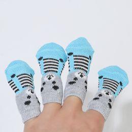 Venta al por mayor de Patas antideslizantes Suciedades Ausencia fácil Lavado Perro Gato Calzado Calcetines Mascotas Perro Calcetines Lindo 4 unids / set Interior Calidad suave de algodón caliente DH0335